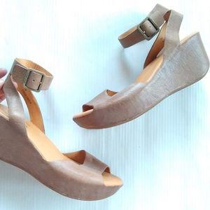 KORK EASE • Carolyne ankle strap platform sandals
